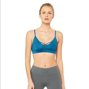 NWT Alo yoga interlace sports bra